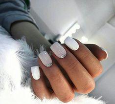 Discover new and inspirational nail art for your short nail designs. Shellac Nails, Nail Manicure, Glitter Gel Nails, Fun Nails, Pretty Nails, No Chip Nails, Short Gel Nails, City Nails, Bride Nails