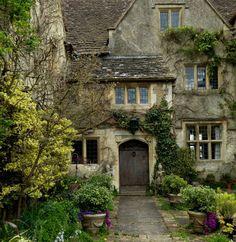 """bellasecretgarden:  """"  Malmesbury Abbey Gardens by jacquemart  Via Flickr:  Wiltshire  """""""