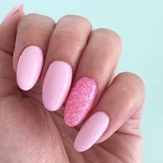Risultati immagini per pink sparkle gel nails