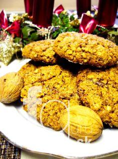 Datlové cookies s vlašskými orechmi Paleo, Sweets, Cheese, Cookies, Chicken, Meat, Food, Crack Crackers, Gummi Candy