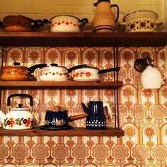 yu1724kaさんの、棚,やかん,レトロ,東欧,ヴィンテージ壁紙,昭和レトロ部,のお部屋写真