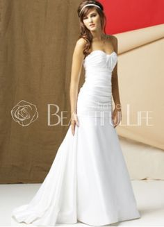 $345.99 Satin Strapless Sweetheart Sweep Train Pleats #Wedding #Dress
