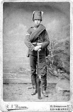 Edinburgh Volunteer British Army Uniform, British Uniforms, British Soldier, Men In Uniform, Crimean War, Military Insignia, British Colonial, World War I, Military History