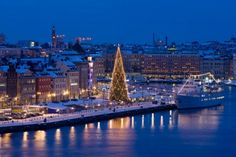 Top 10 Magical Christmas Destinations to Visit in Europe – Stockholm, Sweden Stockholm Winter, Places To Travel, Places To Go, Discovery Green, Christmas Destinations, Sainte Lucie, Sweden Travel, Lofoten, Old City