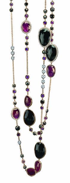 #JoyasPeyrelongue Collar largo de 1.22 cm con diamantes blancos, negros y rubíes redondos a bisel en cadena. Rubíes y piedras semipreciosas rodeadas de diamantes blancos ó a bisel en oro rosa de 18kt.