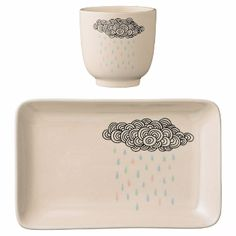 Rain Cloud Cup & Plate: This adorable Scandinavian inspired rain cloud cup and plate set by Bloomingville is perfect for those little ones wanting to eat and drink in style! They contain beautiful illustrations of a rain cloud with soft pastel coloured rain drops.
