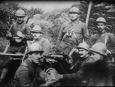 World War I, French soldiers prepare ammo, circa 1914-1918.