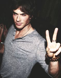 Ian <3 This is what he looks like when he parties!