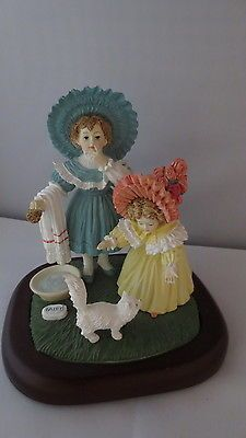 Maude-Humphrey-Bogart-Kittys-Bath-H1384-Numbered-Bisque-Figurine-on-Wood-Base