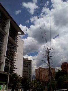 urban experience may/2012  El poblado-medellin-colombia