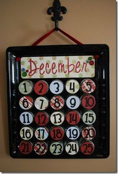 Baby Food Advent Calendar I finished my advent calendar! Barely in the nick of time since today is December Better late then never, right? I used baby food jars to hold the candy or prize for each day. (I actually make my own baby food Baby Jars, Baby Food Jars, Food Baby, Baby Foods, Baby Food Jar Crafts, Baby Crafts, 25 Days Of Christmas, Christmas Baby, Christmas Calendar