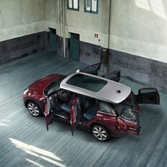 The MINI Clubman's iconic split rear doors provide easy access to its copious cargo space. All 47.9 available cubic feet of it, to be precise.