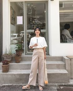 Korean Fashion – How to Dress up Korean Style – Designer Fashion Tips Korean Girl Fashion, Korean Fashion Trends, Korea Fashion, Asian Fashion, Ulzzang Fashion Summer, Fashion Styles, Style Fashion, Grunge Outfits, Casual Outfits