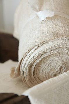 If I were fabric- I would probably be Burlap! Not exactly Queen material! Jute, Vintage Textiles, Vintage Linen, Textile Texture, Burlap Lace, Linens And Lace, Shades Of White, Modern Country, Natural Texture