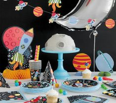 Use these Outer Space party ideas to throw a kids birthday party featuring Outer Space party supplies from Unique Industries. Safari Party, Space Cupcakes, Small Birthday Parties, Outer Space Party, 1st Birthdays, Backdrops For Parties, Party Themes, Party Ideas, Party Supplies