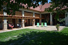 Villa Filia - vidéki romantika - Terasz Pergola, Outdoor Structures, Mansions, House Styles, Home Decor, Mansion Houses, Room Decor, Mansion, Home Interior Design