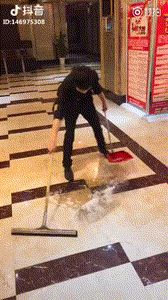 This guy is just a cleaning wizard