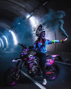Ktm Dirt Bikes, Cool Dirt Bikes, Dirt Bike Gear, Dirt Biking, Honda Bikes, Motorcross Bike, Motorbike Girl, Fille Et Dirt Bike, Wallpaper Cross