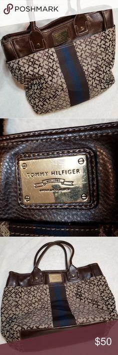 a094e20fad0 Tommy Hilfiger Center Stripe Purse Tommy Hilfiger Center Stripe Large Purse  Shoulder Bag Gently Loved Silky