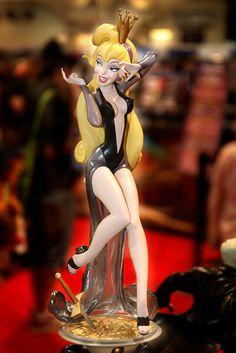 Princess Daphne Figurine - Dragon's Lair