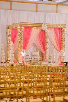 Desi Wedding Decor, Indian Wedding Ceremony, Wedding Mandap, Wedding Ceremony Backdrop, Wedding Set Up, Wedding Ceremony Decorations, Wedding Venues, Wedding Ideas, Mandap Design