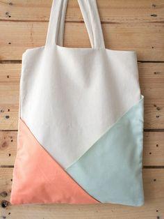 Jutebeutel mit geometrischen Taschen von d'tailliebe auf DaWanda.com