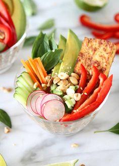 Lemongrass Tofu Vietnamese Farro Salad | http://www.thekitchenpaper.com/lemongrass-tofu-vietnamese-farro-salad/