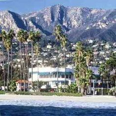 This is why i love Cali...sun, sea, sand, palm trees and mountains!  Not to mention amazing people that I love!  Santa Barbara, CA