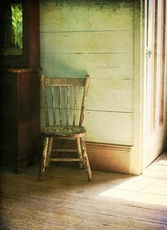 great old chair (fiction) Old chair Aubrie finds in attic at Grace Bed & Breakfast in Stillwater Springs. X