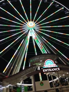 The Great Smoky Mountain Wheel at The Island in Pigeon Forge
