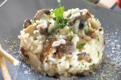 Receta de Risotto de setas en http://www.recetasbuenas.com/risotto-de-setas/ Aprende a preparar un delicioso risotto de setas de forma rápida y sencilla. Un plato muy cremoso y sabroso bajo en grasas y muy sano para toda la familia.  #recetas #Primeros #Risotto