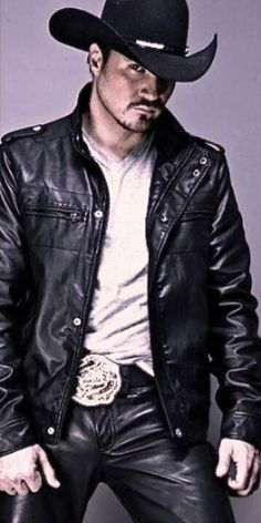 Leather Jeans, Leather Jacket, Leather Fashion, Mens Fashion, Hot Country Boys, Hot Cowboys, Chuck Norris, Black Men, Western Style