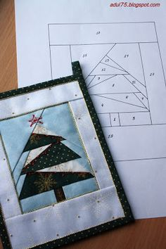 "Christmas garland in the art ""paper piecing"" Christmas Patchwork, Christmas Paper, Christmas Tree, Paper Pieced Quilt Patterns, Pattern Paper, Fabric Postcards, Tree Quilt, Foundation Paper Piecing, English Paper Piecing"