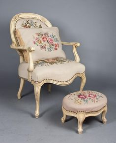 French Carved Wood & Needlepoint Chair & Ottoman - Midwest Auction Galleries, Inc. French Furniture, Shabby Chic Furniture, Luxury Furniture, Antique Furniture, Home Furniture, Furniture Design, Antique Chairs, Vintage Chairs, Cheap Office Chairs