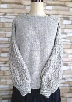 Gilda pattern by michiyo - The front and back of sweater are worked in stockinette st. Sleeves with different stitch pattern a - Sweater Knitting Patterns, Knitting Stitches, Knit Patterns, Stitch Patterns, Knitting Designs, Different Stitches, How To Purl Knit, Work Tops, Stockinette