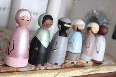 Ramadan crafts with kids – DIY papier maché Mosque! Little Muslim wood dolls - Muslim peg dolls