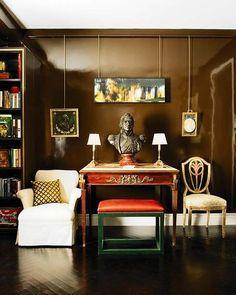 Este apartamento, declaradamente sofisticado y high level, combina en sus 50 m² posibilismo y exceso a partes iguales. Un derroche de estilo con la firma de Magdalena Aguilar.