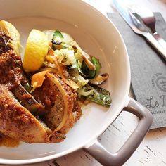 AIGUES MORTES // Un petit avant-goût pour moi.... ENCORNETS FARCIS  Merci Denise  au @leditvin. . ➕ LE DIT VIN • restaurant. Aigues-Mortes (30)