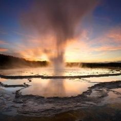 The Ultimate NatGeo Guide to Yellowstone National Park