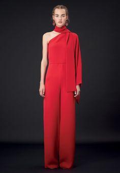 Valentino Official Website - Valentino Women Pret a Porter Pre Season Collection.