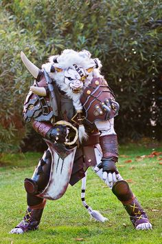 EPIC Rengar cosplay from _League of Legends by Logan Candia Photo by Booki and Fernando Brischetto