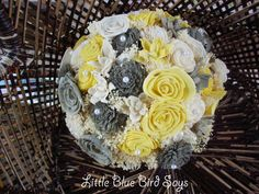 Yellow and grey bridal bouquet Dried Flower Bouquet, Sola Flowers, Small Bouquet, Flower Bouquet Wedding, Dried Flowers, Yellow Flowers, Rustic Bridal Bouquets, Bride Bouquets, Bridesmaid Bouquet