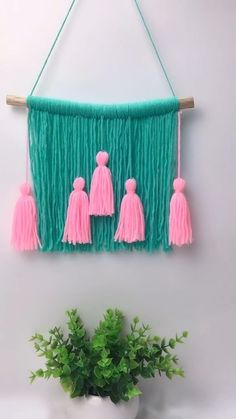 Diy Crafts For Home Decor, Diy Crafts For Gifts, Creative Crafts, Diy Crafts Hacks, Arts And Crafts, Home Decoration, Diy Yarn Decor, Homemade Wall Decorations, Diy Crafts For Bedroom