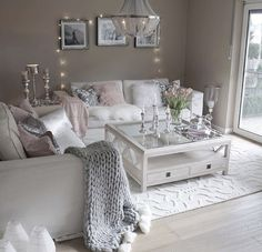 The Simple Romantic Living Room Trap &; Dizzyhome The Simple Romantic Living Room Trap &; Dizzyhome Aycan karakus Home decor As one might assume the degree […] Room table Romantic Living Room, Glam Living Room, Living Room Decor Cozy, Interior Design Living Room, Living Room Designs, Decor Room, Living Room Decor Inspiration, My New Room, Home Decor