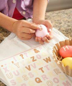 Easy Easter Egg Decorating Ideas - use stickers before you dunk them into coloring. Easter Crafts, Holiday Crafts, Holiday Fun, Hoppy Easter, Easter Eggs, Easter Table, Easter Traditions, Easter Party, Egg Decorating