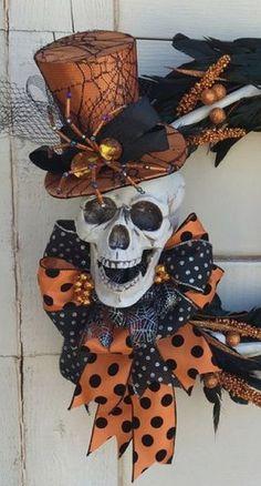 Halloween Skeleton Wreath Skeleton wreath by DesignsbySheilaB Fröhliches Halloween, Adornos Halloween, Halloween Home Decor, Diy Halloween Decorations, Holidays Halloween, Halloween Wreaths, Halloween Flowers, Art Plastique, Holiday Fun
