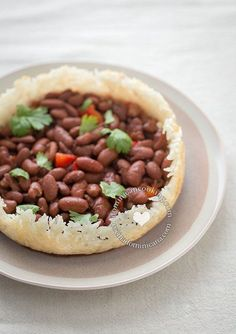 First let's start by telling you what concón is. Concón is the crust of rice formed at the bottom of the pot when you cook rice Dominican-style, but if you are not Dominican, and have never lived i...