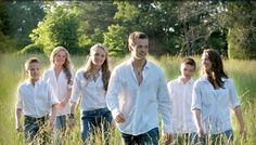 Some friends of ours....THE WILLIS CLAN!!!!!! They are SO amazingly talented!  They are a family of musicians, dancers, athletes, and artists. They have their own band and perform all over America. They have also opened for Brad Paisley and The Band Perry in Ireland. Go to their website or watch their TV show: The Willis Clan on GAC.