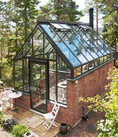 Victorian Greenhouses, Wooden Greenhouses, Glass Green House, Glass House Garden, Green House Design, Orangerie Extension, Landscape Design, Garden Design, Backyard Greenhouse