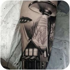 I want to believe @tomrendalltattoo #tattoodo